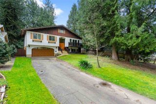 """Photo 3: 19750 47 Avenue in Langley: Langley City House for sale in """"Mason heights"""" : MLS®# R2554877"""