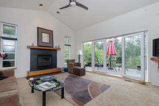 Photo 11: 302 Anya Crt in : VR Six Mile House for sale (View Royal)  : MLS®# 877710