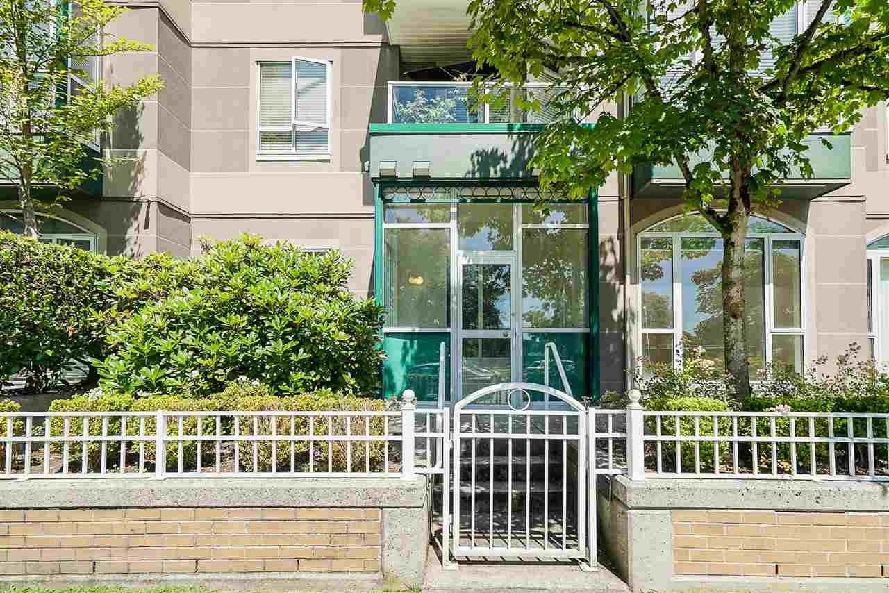 """Main Photo: 102 3463 CROWLEY Drive in Vancouver: Collingwood VE Condo for sale in """"Macgregor Court"""" (Vancouver East)  : MLS®# R2498369"""