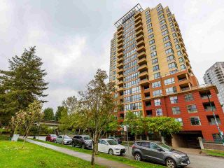 """Photo 1: 1102 5288 MELBOURNE Street in Vancouver: Collingwood VE Condo for sale in """"Emerald Park Place"""" (Vancouver East)  : MLS®# R2572705"""