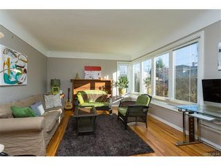 Photo 3: 1668 Earle St in VICTORIA: Vi Fairfield East House for sale (Victoria)  : MLS®# 748731