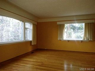 Photo 7: 1421 Fairfield Road in VICTORIA: Vi Fairfield West House for sale (Victoria)  : MLS®# 657848