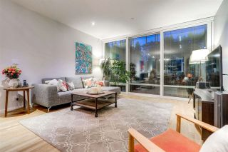 """Photo 15: 750 W 6TH Avenue in Vancouver: Fairview VW Townhouse for sale in """"SIXTH + STEEL"""" (Vancouver West)  : MLS®# R2313387"""