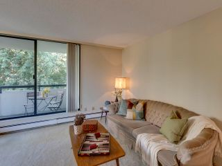 """Photo 7: 305 7171 BERESFORD Street in Burnaby: Highgate Condo for sale in """"MIDDLEGATE TOWERS"""" (Burnaby South)  : MLS®# R2600978"""