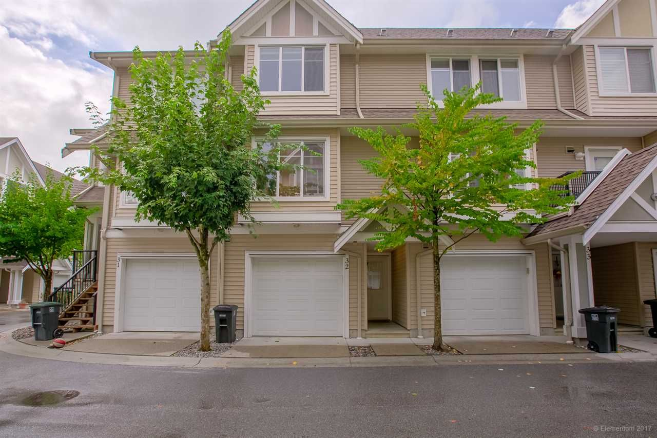 """Main Photo: 32 19141 124TH Avenue in Pitt Meadows: Mid Meadows Townhouse for sale in """"MEADOWVIEW ESTATES"""" : MLS®# R2209397"""