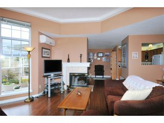 """Photo 8: 308 22611 116TH Avenue in Maple Ridge: East Central Condo for sale in """"ROSEWOOD COURT"""" : MLS®# V1058553"""