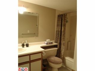 """Photo 7: 112 2425 CHURCH Street in Abbotsford: Abbotsford West Condo for sale in """"Parkview Place"""" : MLS®# F1017772"""