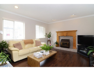 Photo 4: 4036 Pandora Street in Vancouver: Z9 All Out of Board Listings Home for sale (Zone 9 - Other Boards)  : MLS®# R2151922