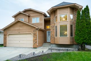 Photo 1: 15 De Caigny Cove in Winnipeg: Island Lakes House for sale (2J)  : MLS®# 1914307