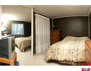 """Photo 4: 89 9950 WILSON Street in Mission: Stave Falls Manufactured Home for sale in """"Ruskin Place"""" : MLS®# F2905229"""