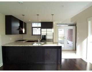 """Photo 3: 7059 17TH Avenue in Burnaby: Edmonds BE Townhouse for sale in """"PARK 360"""" (Burnaby East)  : MLS®# V808624"""
