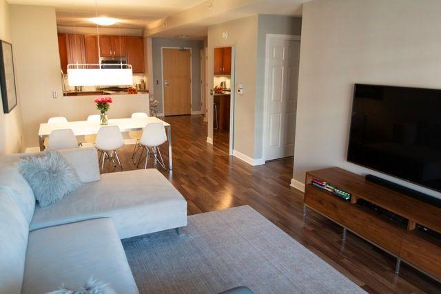 Photo 8: Photos: 656 Pearson Street Unit 503: Des Plaines Condo, Co-op, Townhome for sale ()  : MLS®# MRD10026997