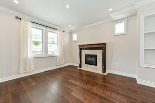 Photo 9: 516 East Queensdale Avenue in Hamilton: House for sale : MLS®# H4055054