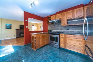 """Photo 9: 13278 19A Avenue in Surrey: Crescent Bch Ocean Pk. House for sale in """"Amble Greene"""" (South Surrey White Rock)  : MLS®# R2567560"""