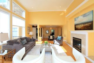 Photo 4: 2002 TURNBERRY LANE in Coquitlam: Westwood Plateau House for sale : MLS®# R2055635