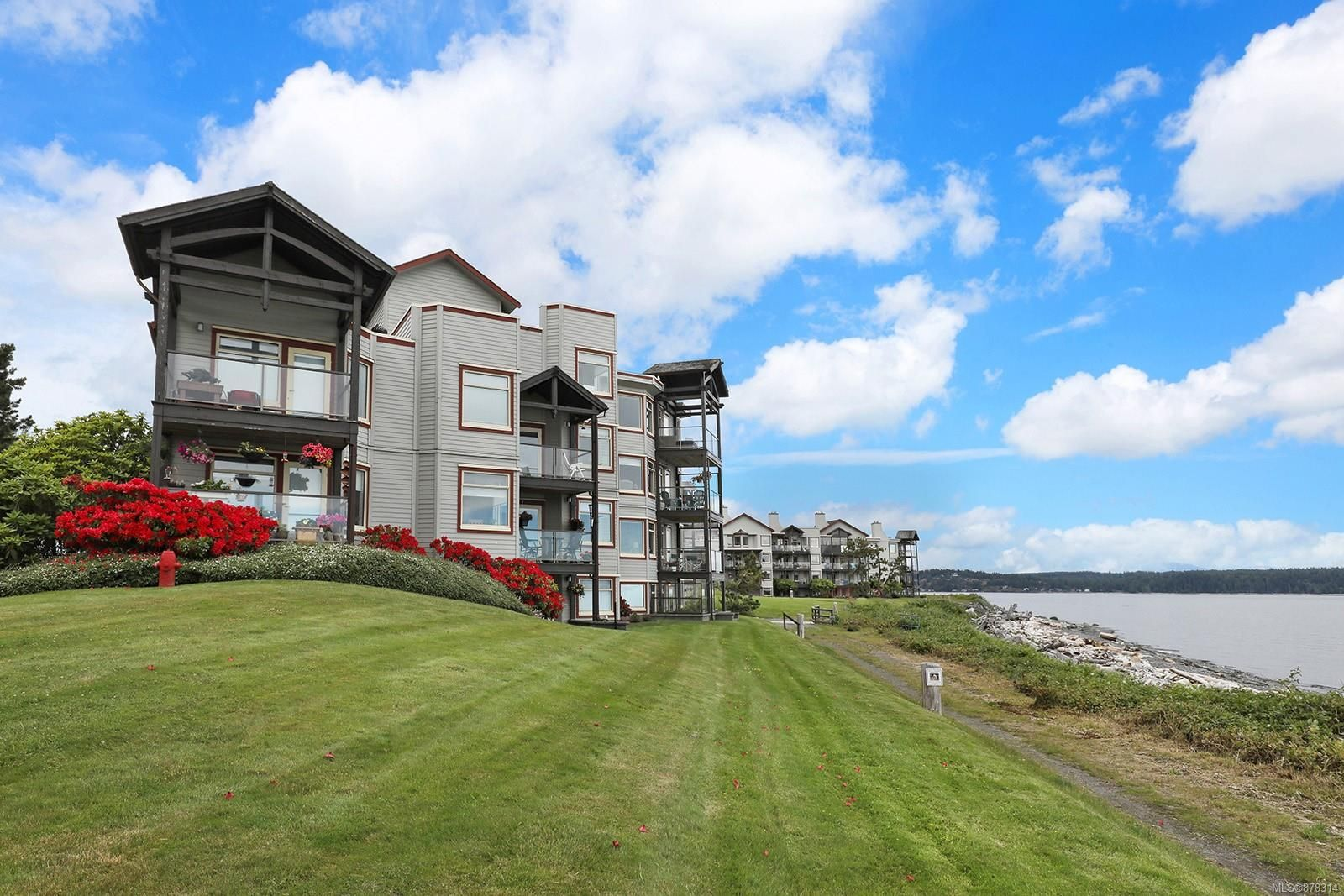 Main Photo: 1402 27 S Island Hwy in : CR Campbell River Central Condo for sale (Campbell River)  : MLS®# 878314