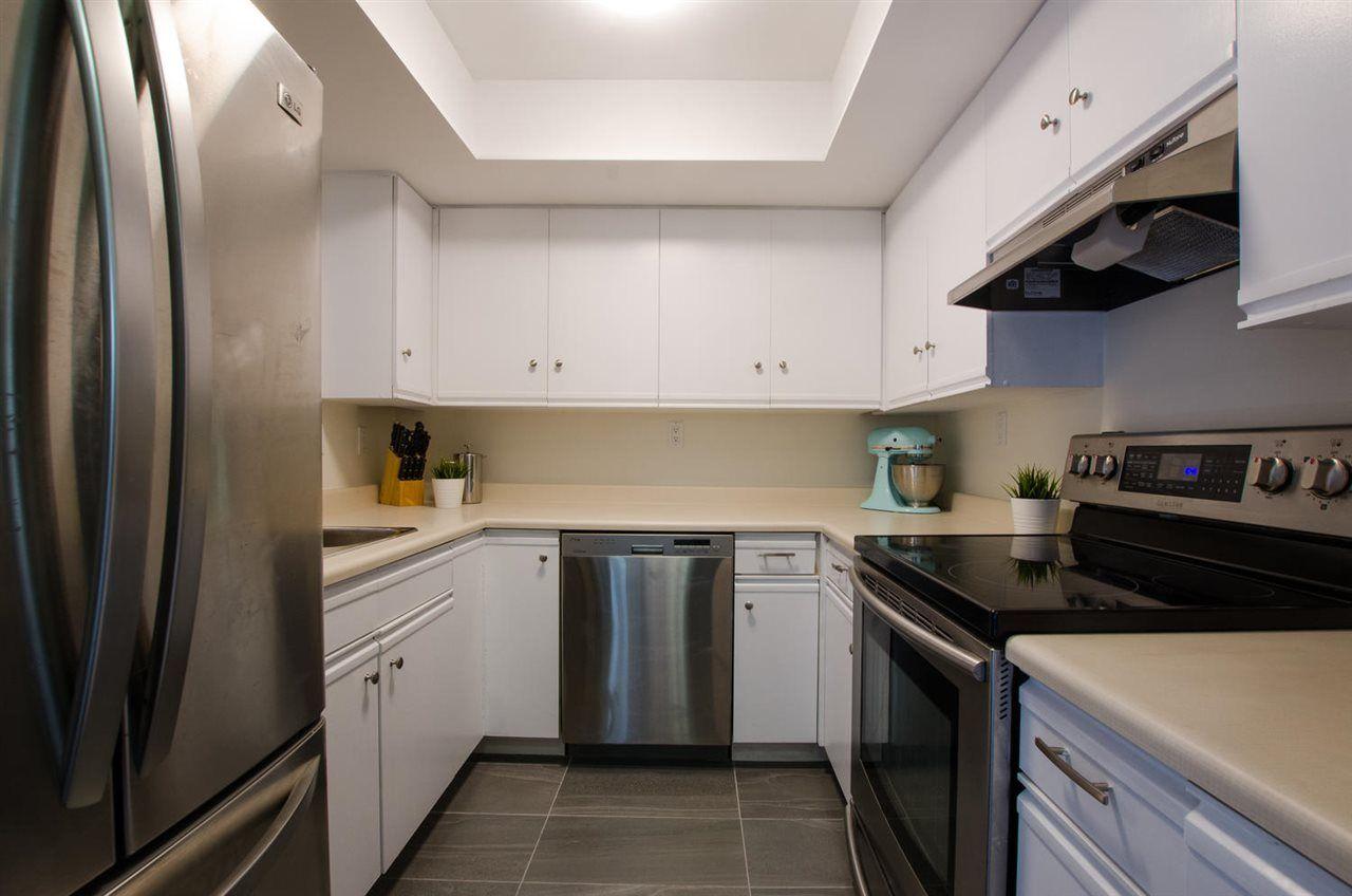 Photo 6: Photos: 330 1441 GARDEN Place in Delta: Cliff Drive Condo for sale (Tsawwassen)  : MLS®# R2373720