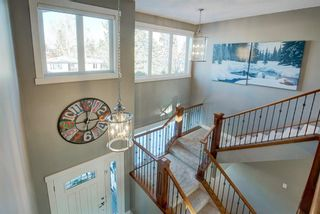 Photo 7: 2031 52 Avenue SW in Calgary: North Glenmore Park Detached for sale : MLS®# A1059510