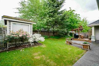 """Photo 38: 7319 146A Street in Surrey: East Newton House for sale in """"Chimney Heights"""" : MLS®# R2491156"""