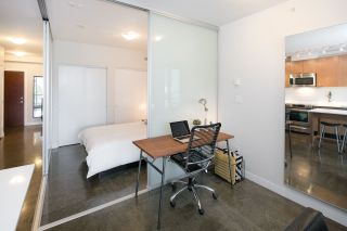 """Photo 9: 405 221 UNION Street in Vancouver: Mount Pleasant VE Condo for sale in """"V6A"""" (Vancouver East)  : MLS®# R2115784"""