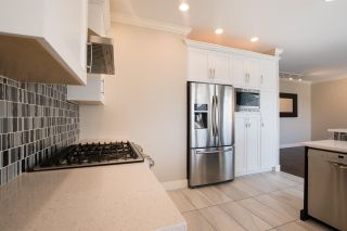 """Photo 5: 12 1705 PARKWAY Boulevard in Coquitlam: Westwood Plateau House for sale in """"TANGO"""" : MLS®# R2561480"""