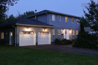 Photo 2: 55 Granville Road in Bedford: 20-Bedford Residential for sale (Halifax-Dartmouth)  : MLS®# 202123532