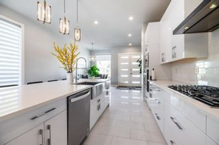 Photo 12: 231 13 Avenue NW in Calgary: Crescent Heights Detached for sale : MLS®# A1148484