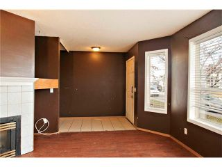 Photo 5: 87 APPLEBROOK Circle SE in Calgary: Applewood Park House for sale : MLS®# C4088770