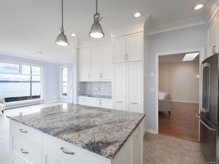 Photo 17: 204 9730 Eastview Dr in : Si Sidney South-East Condo for sale (Sidney)  : MLS®# 869965