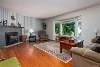Photo 4: 1475 Hillside Ave in : CV Comox (Town of) House for sale (Comox Valley)  : MLS®# 882273