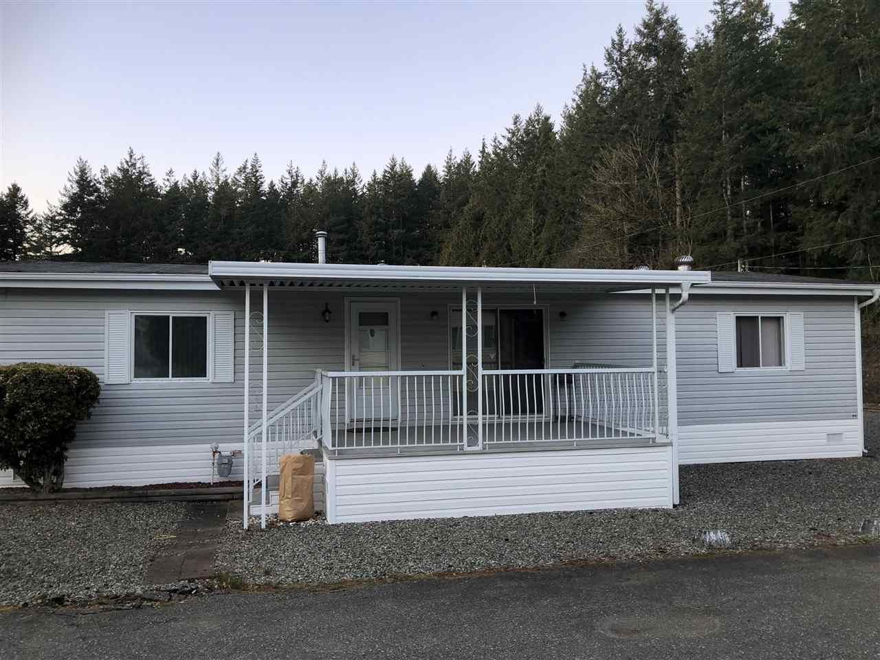 Main Photo: 238 20071 24 Avenue in Langley: Brookswood Langley Manufactured Home for sale : MLS®# R2500766