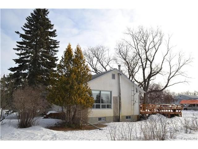 Main Photo: 608 Forbes Road in Winnipeg: South St Vital Residential for sale (2M)  : MLS®# 1704579