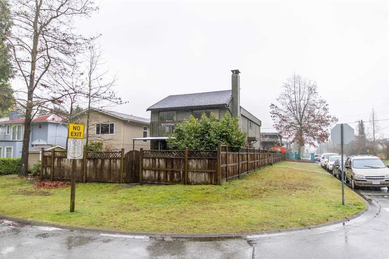 Main Photo: 1780 PHILIP AVENUE in : Pemberton NV House for sale : MLS®# R2235681