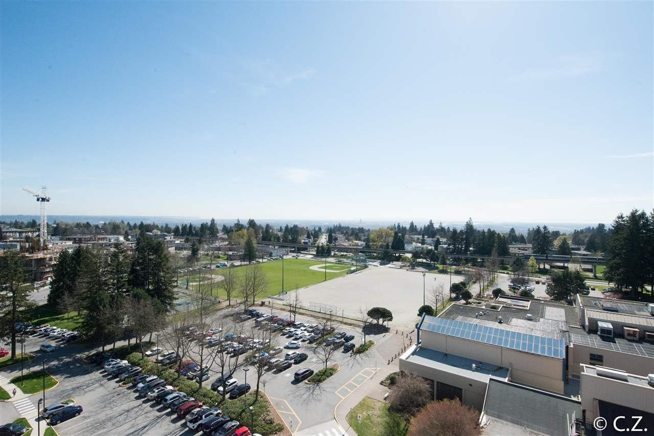 Main Photo: 1202 4830 BENNETT Street in Burnaby: Metrotown Condo for sale (Burnaby South)  : MLS®# R2052659