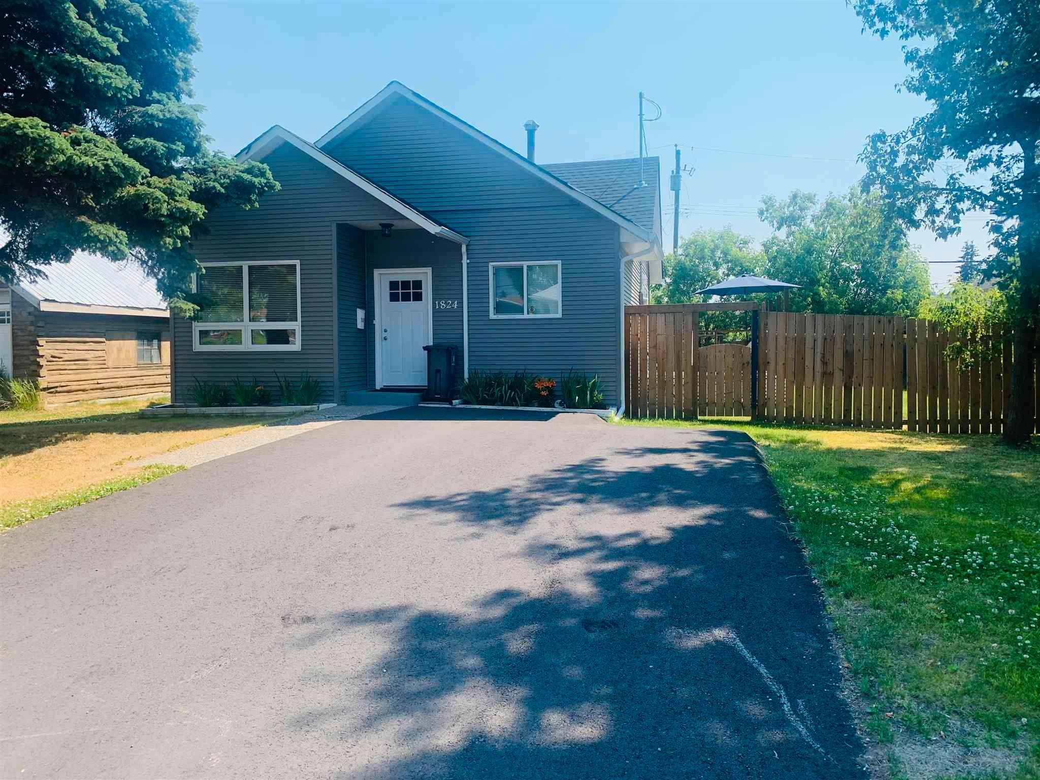 """Main Photo: 1824 UPLAND Street in Prince George: Van Bow House for sale in """"VAN BOW"""" (PG City Central (Zone 72))  : MLS®# R2599638"""