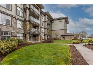 Photo 35: 205 2068 SANDALWOOD Crescent in Abbotsford: Central Abbotsford Condo for sale : MLS®# R2554332