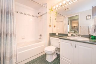 """Photo 9: 208 55 E 10TH Avenue in Vancouver: Mount Pleasant VE Condo for sale in """"Abbey Lane"""" (Vancouver East)  : MLS®# R2169638"""