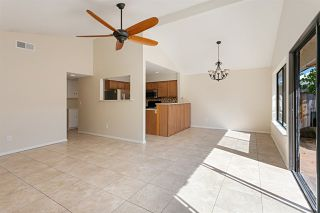 Photo 4: Townhouse for sale : 3 bedrooms : 2502 Via Astuto in Carlsbad