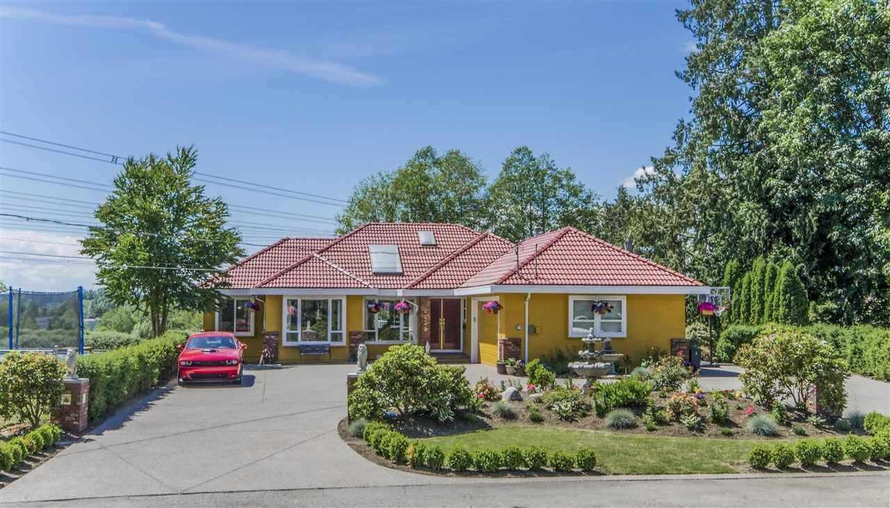 Main Photo: 6625 180 Street in Surrey: Cloverdale BC House for sale (Cloverdale)  : MLS®# R2587073