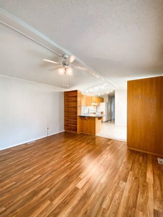 Photo 11: 106 2500 GRANT Road in Prince George: Hart Highway Manufactured Home for sale (PG City North (Zone 73))  : MLS®# R2622359