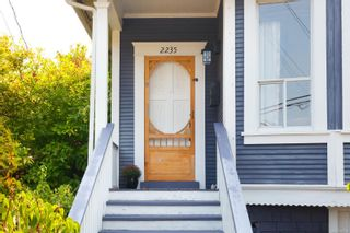 Photo 2: 2235 Shakespeare St in : Vi Fernwood House for sale (Victoria)  : MLS®# 855193