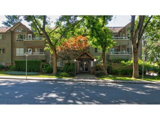 """Photo 30: 104 5565 INMAN Avenue in Burnaby: Central Park BS Condo for sale in """"AMBLE GREEN"""" (Burnaby South)  : MLS®# R2602480"""