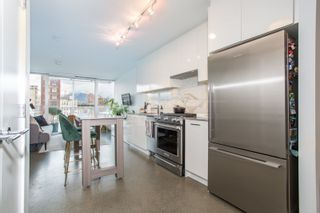 "Photo 4: 509 231 E PENDER Street in Vancouver: Strathcona Condo for sale in ""FRAMEWORK"" (Vancouver East)  : MLS®# R2517562"