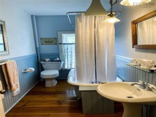 Photo 22: 36 Dock Street in Shelburne: 407-Shelburne County Residential for sale (South Shore)  : MLS®# 202123158