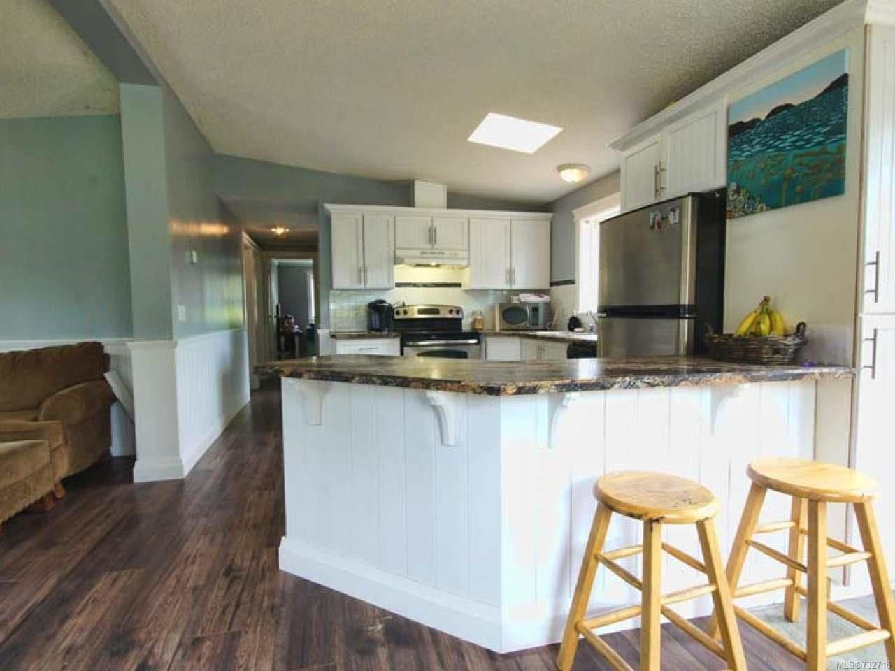Photo 10: Photos: 921 POPLAR Way in ERRINGTON: PQ Errington/Coombs/Hilliers Manufactured Home for sale (Parksville/Qualicum)  : MLS®# 732718
