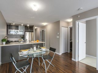 """Photo 4: 1408 9981 WHALLEY Boulevard in Surrey: Whalley Condo for sale in """"Park Place II"""" (North Surrey)  : MLS®# R2129602"""