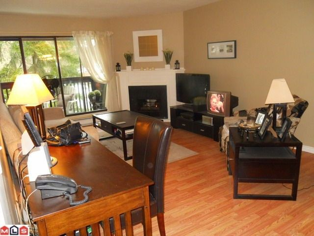 """Photo 2: Photos: 307 9682 134TH Street in Surrey: Whalley Condo for sale in """"Parkwoods"""" (North Surrey)  : MLS®# F1103410"""