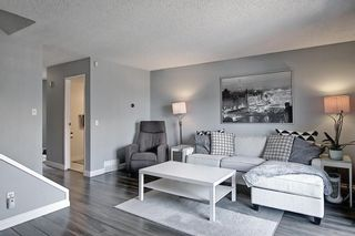 Photo 12: 104 7172 Coach Hill Road SW in Calgary: Coach Hill Row/Townhouse for sale : MLS®# A1097069