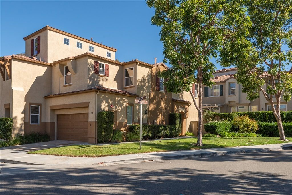 Main Photo: SAN MARCOS Condo for sale : 3 bedrooms : 1172 Caprise Drive