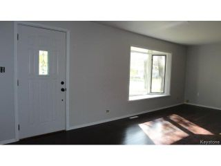 Photo 5: 1011 Lorette Avenue in WINNIPEG: Manitoba Other Residential for sale : MLS®# 1425015